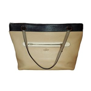 COACH PEBBLE LEATHER DUALl